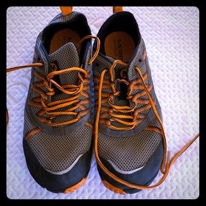 Merrell barefoot size 10 shoes